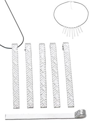 www.sayila.co.uk - Metal pendant/charm decorated ± 50x4,5mm (eye ± 3,5mm)