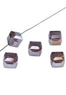 www.sayila.nl - Glaskraal kristal kubus facet geslepen ± 10mm (gat ± 1,8mm) - 34846