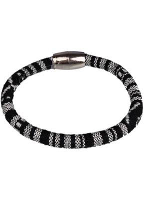 www.sayila.com - Aztec textile bracelet with magnetic clasp ± 20x1cm (innersize ± 18,5cm) (warning: not to be worn by people with a pacemaker)