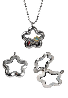 www.sayila.fr - 'Floating charm locket' en acier inoxydable DQ, fleur 35x30mm