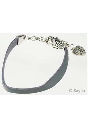 www.sayila.nl - Armband van imitatie leer met metalen sluiting ± 29cm in maat verstelbaar