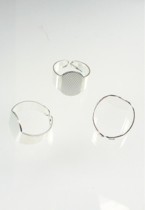 www.sayila.com - Metal rings >= Ø 17,5mm with setting for > 15mm and > 15x10mm flat back