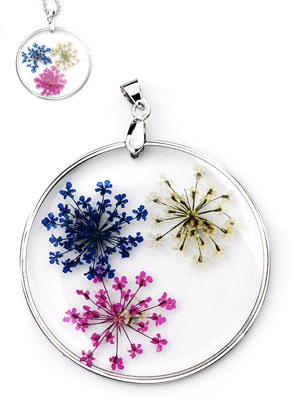 www.sayila.nl - Metalen hanger met glas en gedroogde bloemen rond 58x45mm