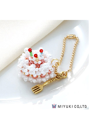 www.sayila.com - Miyuki jewelry kit charm cake Sweets Charm No. 24 Birthday Cake