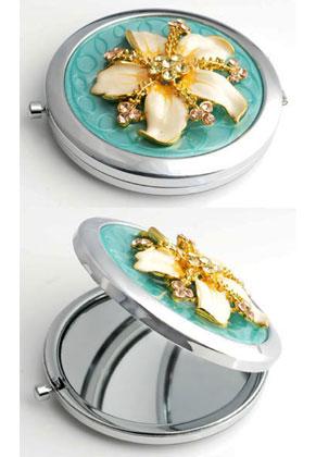 www.sayila.fr - Miroir de poche en métal avec fleur, epoxy et strass 77x70mm