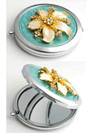 www.sayila.com - Metal pocket-mirror with flower, epoxy and strass 77x70mm - E00795