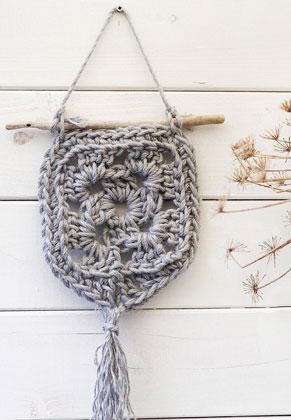 www.sayila.com - Hoooked DIY Crochet kit Wall hanger Elx Jute