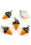 www.sayila.co.uk - Synthetic pendants/charms ice cream 22x12mm - E01898