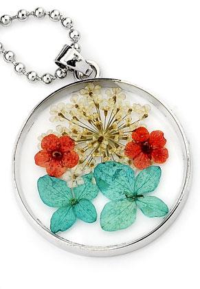 www.sayila.com - Necklace with glass pendant with dried flowers 80cm