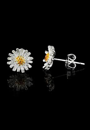 www.sayila.nl - Brass oorstekers bloem 15x9mm