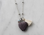www.sayila.nl - Sayila Sieradenproject Lava Heart Necklace
