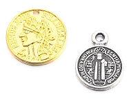 www.sayila.co.uk - Many new coin pendants