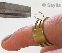 Das Öffnen und Schliessen von Ringen 2